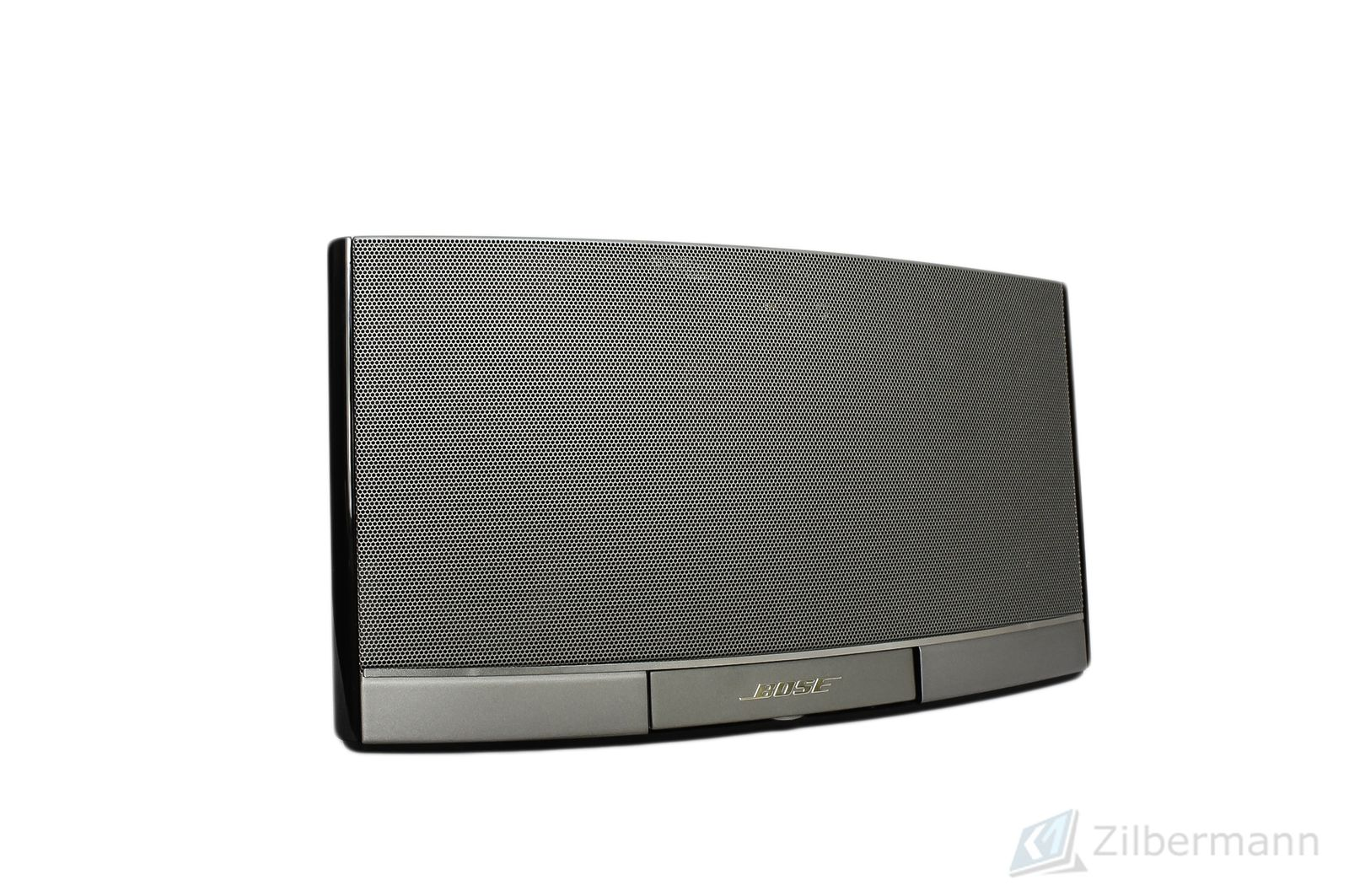 Bose_SoundDock_Portable_Digital_Music_System_03