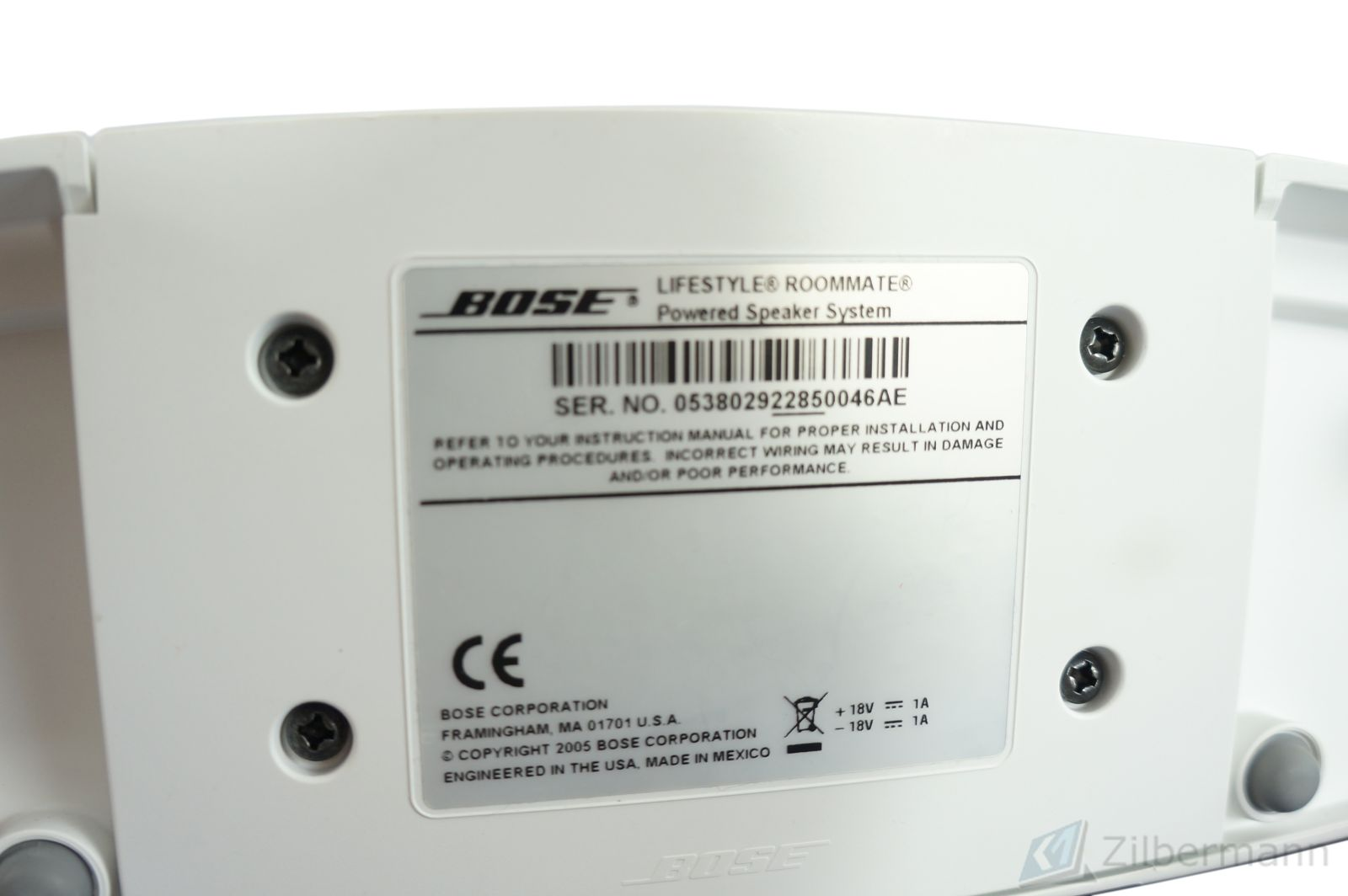 Bose_Lifestyle_Roommate_Powered_Speaker_System_Weiss_05_ryCQ07D