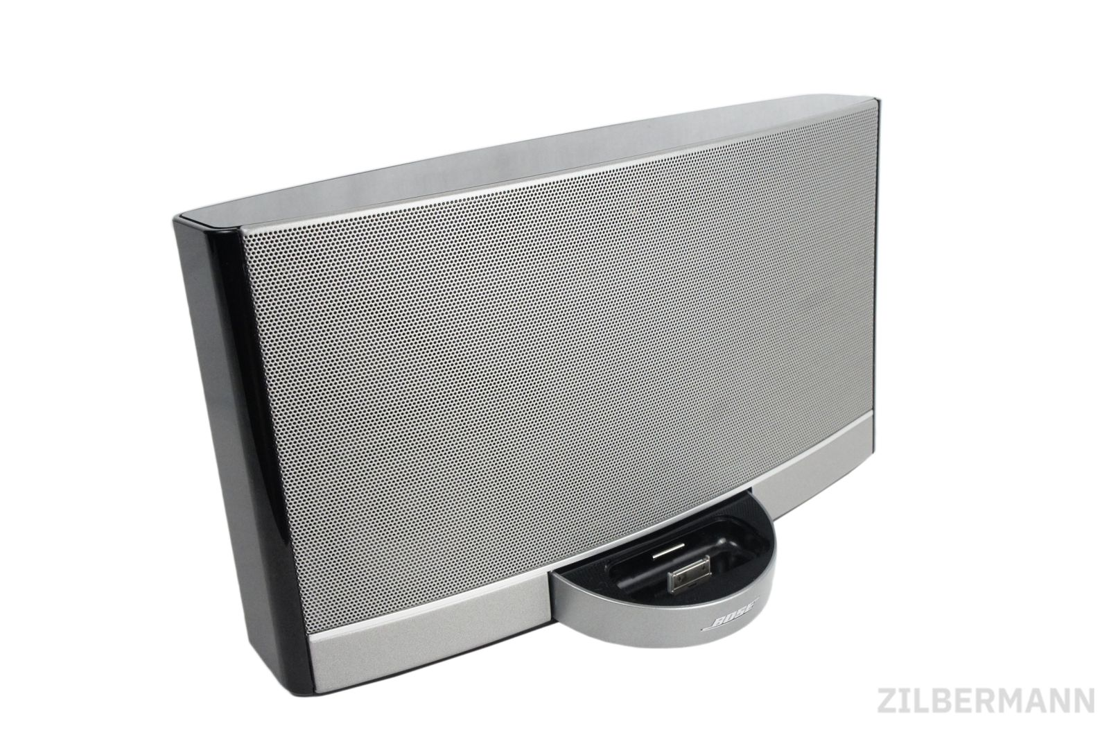Bose_SoundDock_Portable_Digital_Music_System