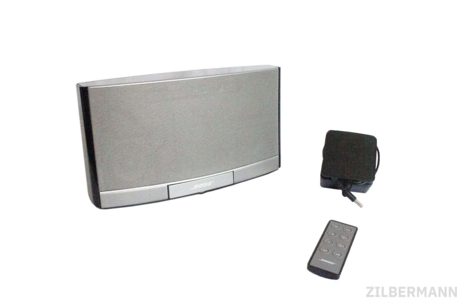 Bose_SoundDock_Portable_Digital_Music_System_06