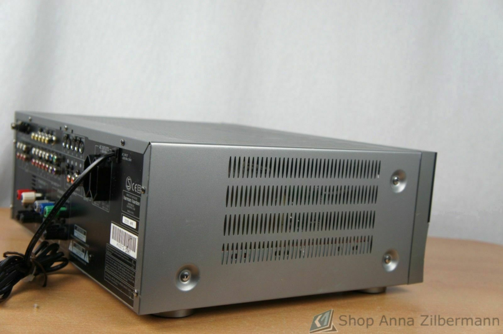 Harman_Kardon_AVR_130_Stereo_Receiver_03