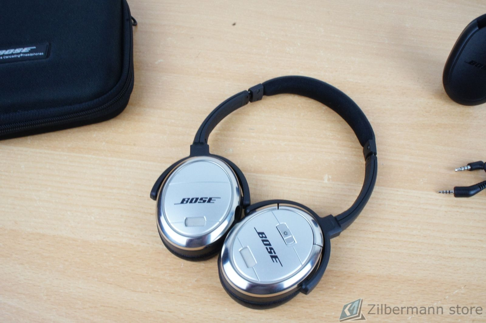 Bose_Quiet_Comfort_QC_3_02